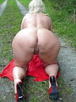 mature women showing ass sexual connection pictures