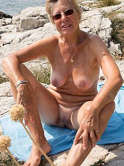 cougar mature lady beach porn pics