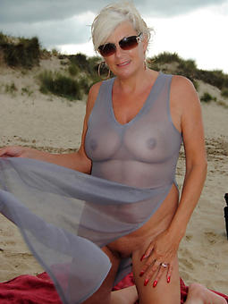 mature nudist beach amatuer