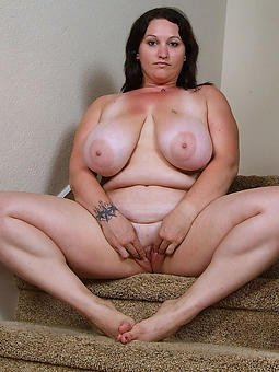 old squirearchy with chubby tits seduction