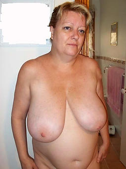 curvy mature strata with heavy breasts pics