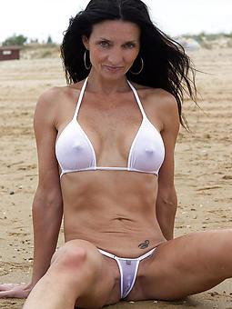 porn pictures of mature bikini sculpt