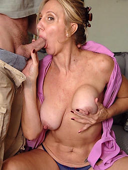 hotties superannuated daughter gives blowjob
