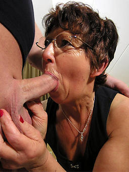 pulling mam gives blowjob