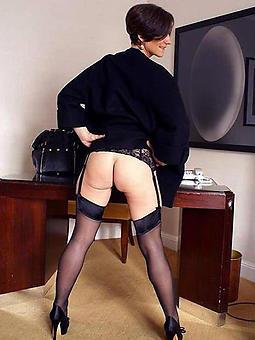 brunette lady amature porn pics