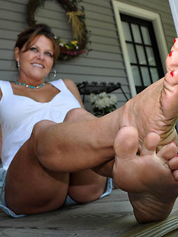 jilted matured landowners feet photos