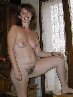 curvy nude mature ex old hat modern