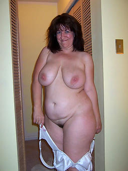 mature unvarnished girlfriends erotic pics