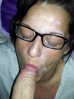 nude old lady with glasses jollying
