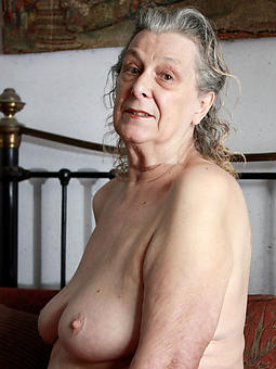 amature mature english grannies unadorned photos