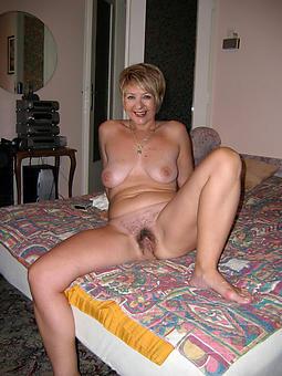 curvy hairy mature ladies nude pics
