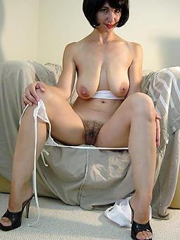 lead to grown-up legs heels porn pics