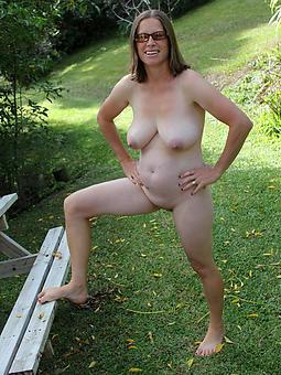 wild hot mature vacant woman pics