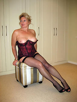 matures spreading legs without a doubt or dare pics