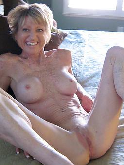 fine mature legs free hatless pics