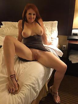 mature naked legs amature porn pics