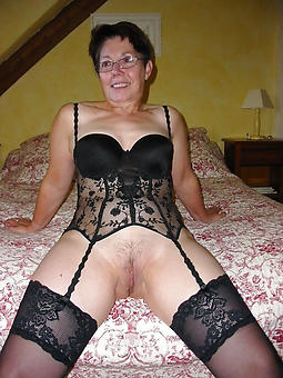 lingerie mature body of men amature porn