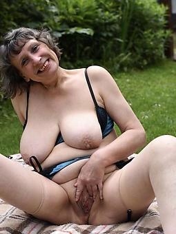 porn pictures of mature blonde masturbating