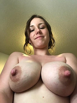 ideal hot ladies with long nipples pics