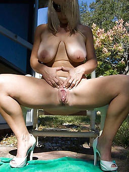 reality of age outdoor pussy pics