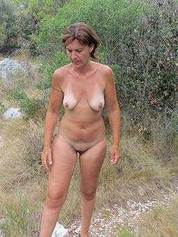 hotties grown up sex outdoors pictures