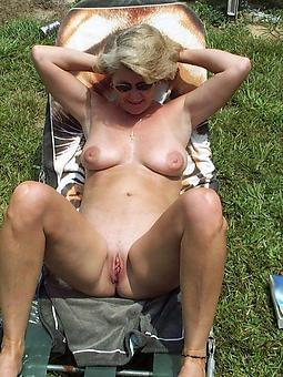 ideal mature alfresco pics