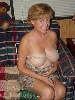 amatuer mature wife ass pics
