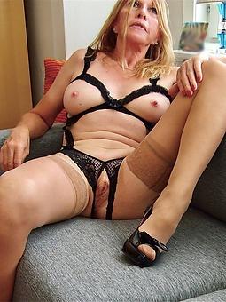 unfold mature lady pussy porno