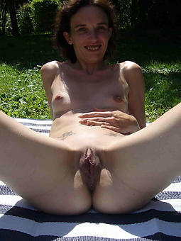 amatuer unorthodox mature pussy galleries