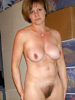 mature son boobs porno pics