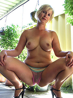 old lady titties amateur milf pics