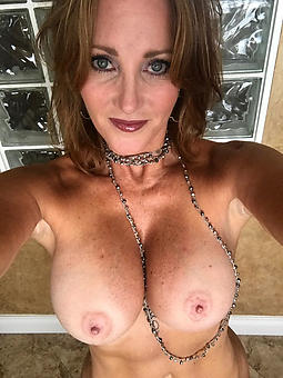 floozie  naked ladies with heavy boobs