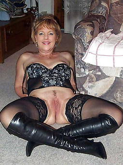 adverse ladies in stockings free unembellished pics