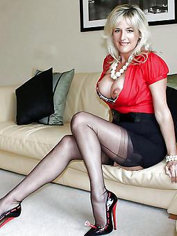mature gentlefolk wearing stockings sex pictures