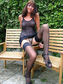empty ladies in stockings amatuer