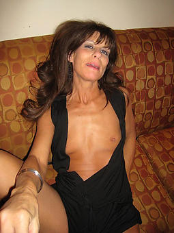 underfed mature small tits sex pictures