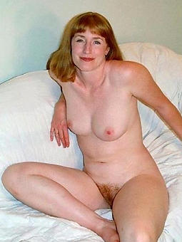 pictures of busty adult redhead