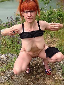 consummate red head lady photos