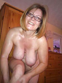 saggy tit matures amature porn
