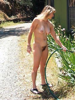 chap-fallen naked peaches ladies pics