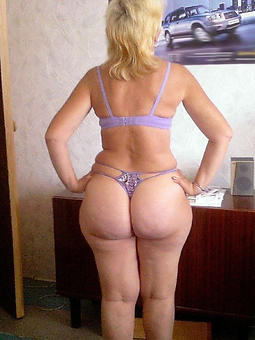 ladies with obese booties free nude pics
