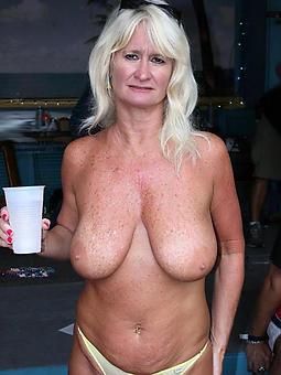 older moms nude porn tumblr