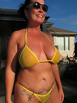 reality bikini moms