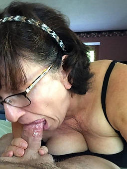 nude mom with glasses xxx pics