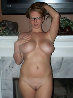 porn pictures for well-endowed mature ladies