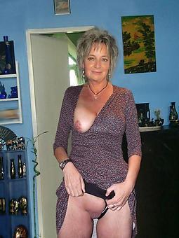 sexy lassie amature porn pics
