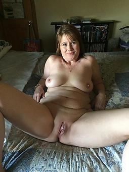 reality shaving moms pussy pics
