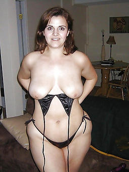 porn pictures of mature whilom before day unclothed