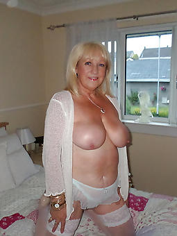english mature housewives