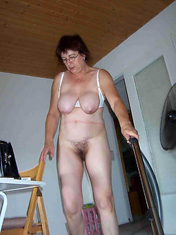 porn pictures of housewives old laddie